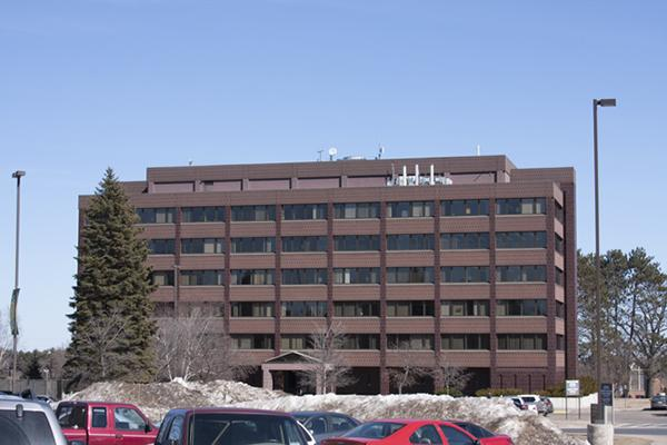 The NMU College of Business is located in Cohodas Hall.  NW Photo Archives