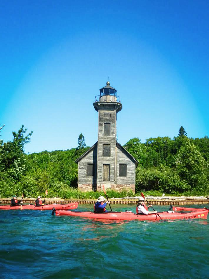 A+Superior+view%3A+Kayak+tours+at+Presque+Isle+offer+a+new+sight-seeing+perspective+of+the+peninsula