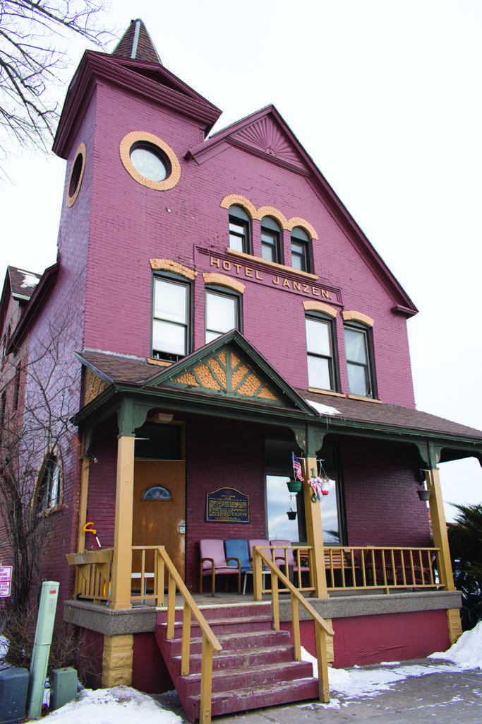 The+Janzen+House+was+once+a+railroad+hotel+but+now+serves+as+a+low+income+shelter.+The+building+was+built+in+the+early+18902.+%0A%0APhoto+by%3A+Lindsey+Eaton