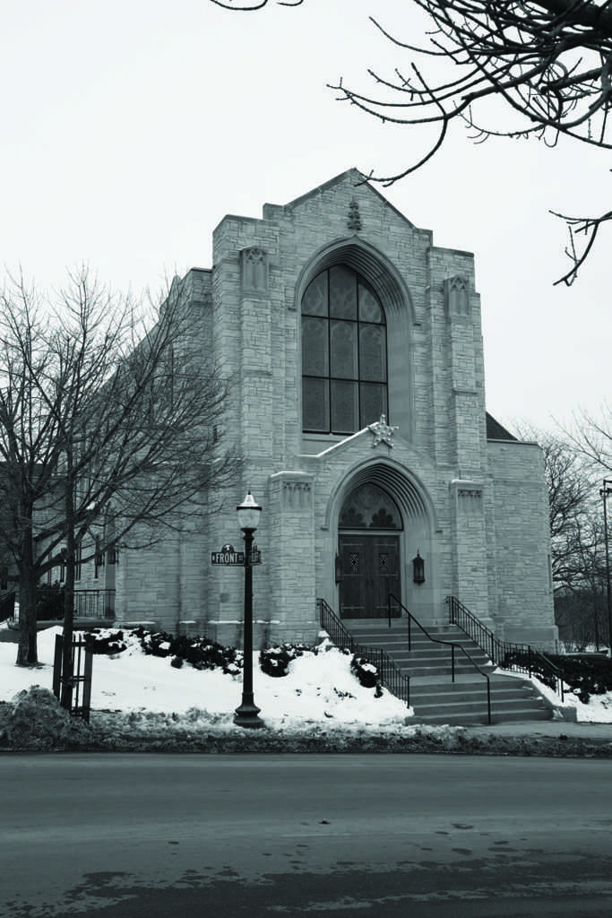 First+Presbyterian+Church+is+located+at+120+N.+Front+St.%2C+Marquette.+Photo+by%3A+Neil+Flavin