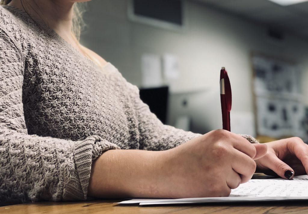 THE PERFECT RÉSUMÉ—Be sure to pay attention to detail when crafting the perfect résumé. Employers wont think twice about throwing it away if it isnt prepared with care.   Jackie Jahfetson/NW
