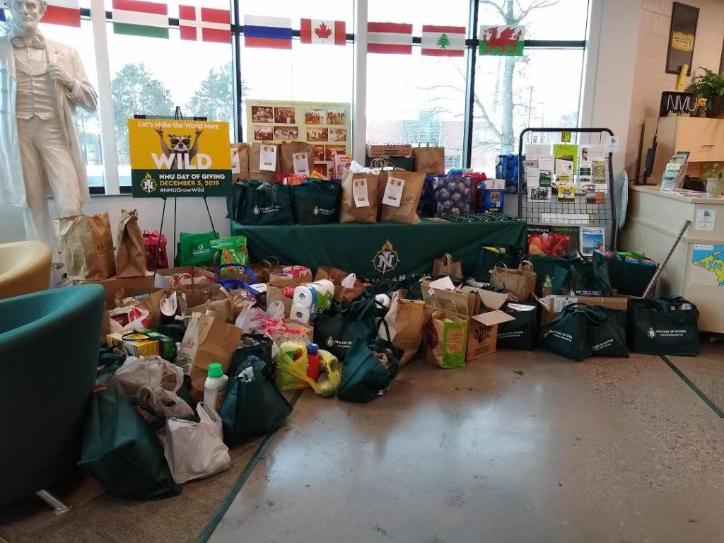 NMU+Wildcats+join+National+Day+of+Giving