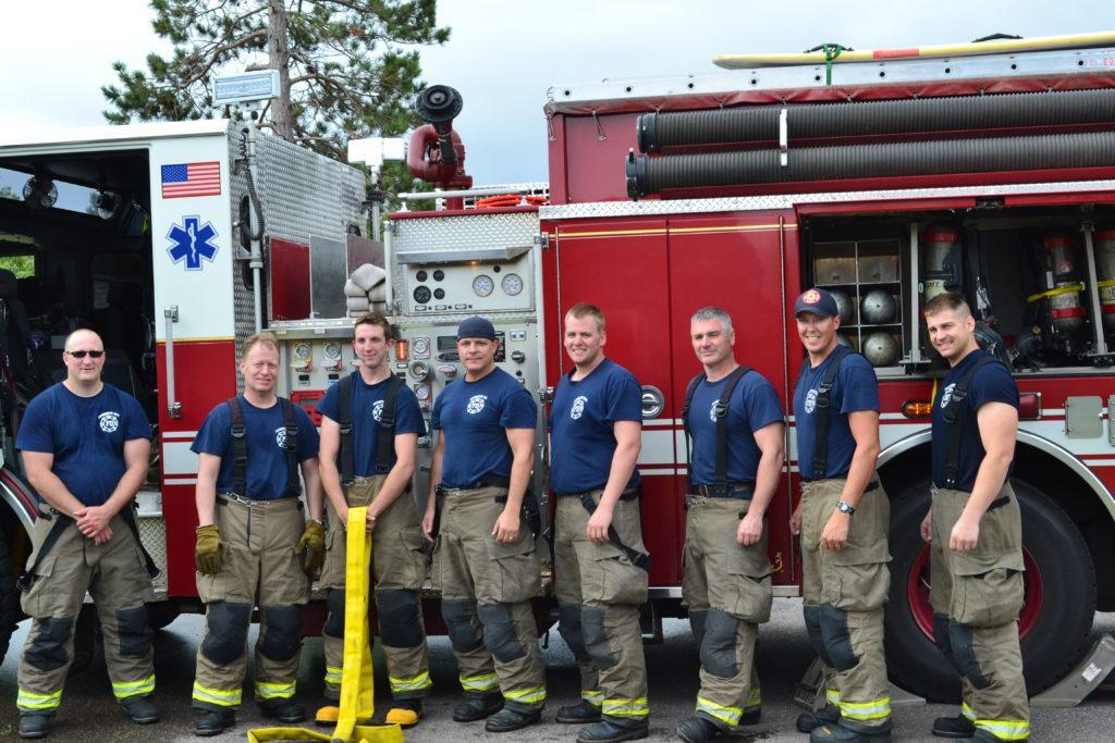 Marquette+firemen%2C+from+left%3A++Relief+Engineer+Corey+Teinert%2C+Captain+Jeff+Green%2C+Firefighter+Pete+Windsor%2C+Lieutenant+Kurt+Hillier%2C+Engineer+Dustin+Hennessy%2C+Captain+Greg+Guertin%2C+Firefighter+Ryan+Slifka%2C+and+Relief+Engineer+Garrett+Fuller.+Spring+2019%2C+training+burn+on+Island+Beach+Rd%2C+