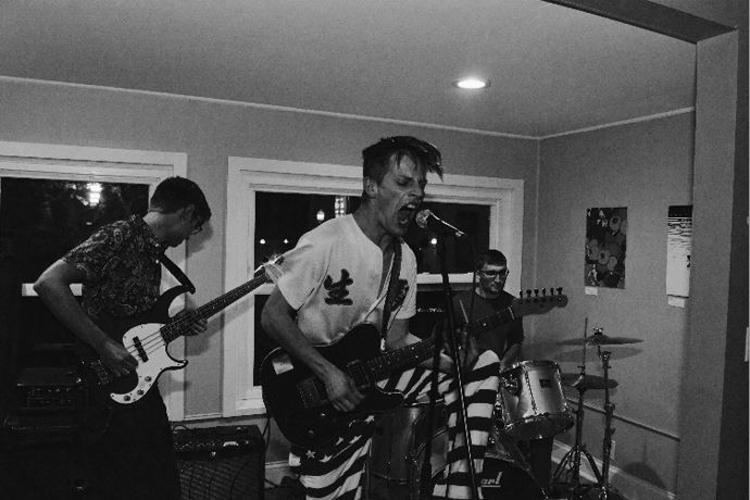 Shipwreck Kelly plays at the Crib on Octobor 2nd, 2019
