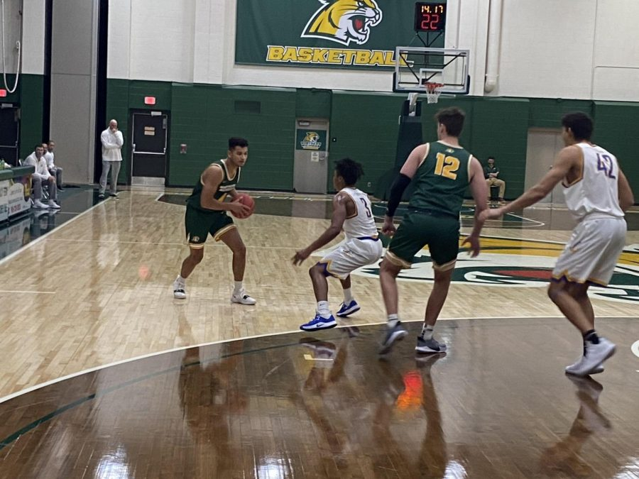GOING OUT TO CAMP—NMU Mens Basketball hosts an elite camp this weekend. The coaching staff is on the lookout for the newest Wildcat players. Travis Nelson/NW