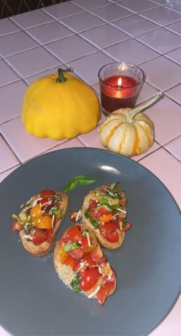 FALL SNACK-Now that our gardens are producing more than we could ever eat, its time to get creative with snack recipes.